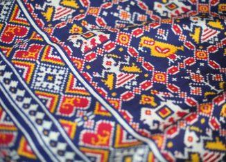 double-ikat-fabric-from-Patola-India